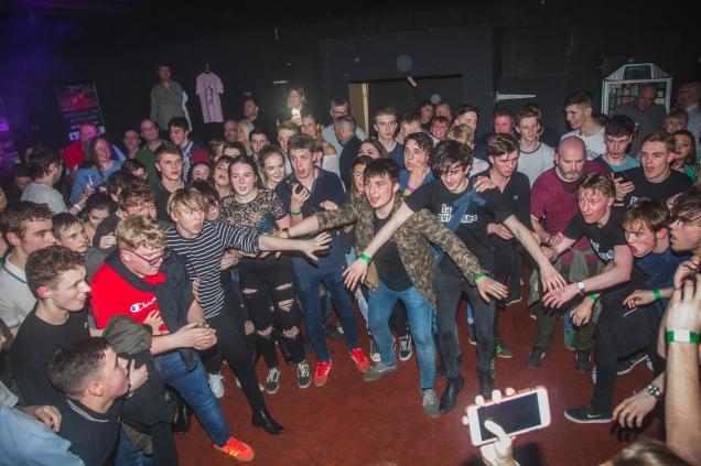 Crowd 23